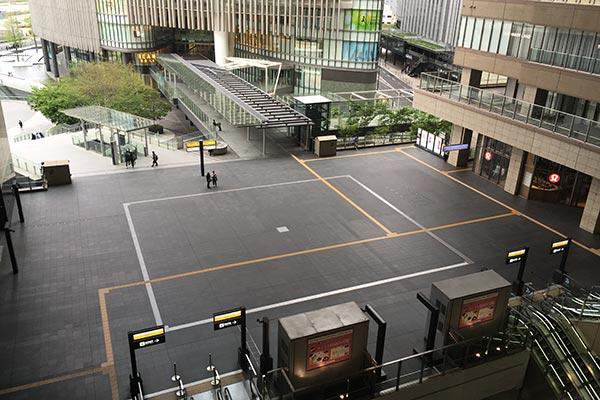 大阪駅の様子
