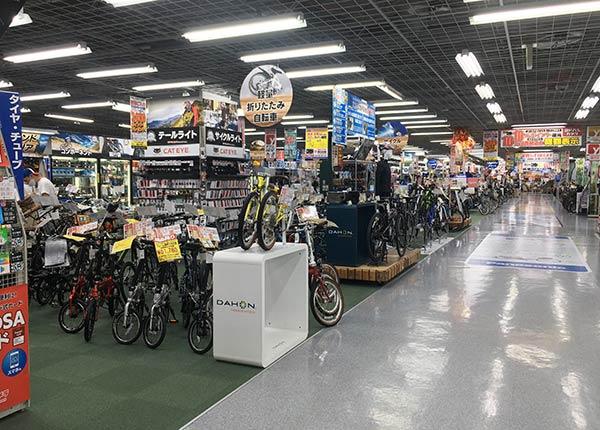 ヨドバシ梅田の自転車販売フロア